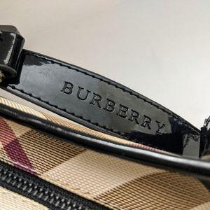 Burberry Bags - Burberry London Patent Nova Check Handbag 💛
